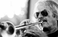 Enrico Rava, dialogando tra vino e jazz