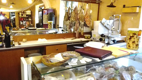 Interno Barolo Bar Monforte