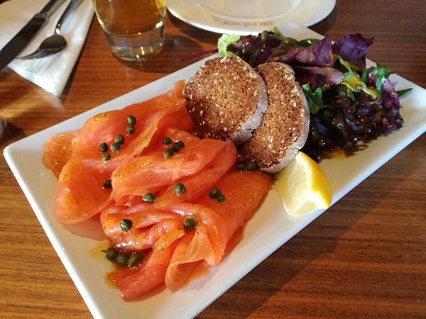 Piatto scozzese con salmone