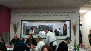 La cucina a vista di Gustarosso>