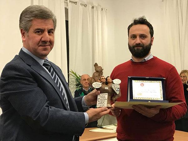 Il Sindaco Roberto Romagno con il vincitore Francesco Laforgia
