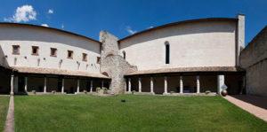 Il chiostro di San Nicolò