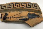 Sorpresa a Paestum: volontari friulani ritrovano un frammento di un cratere ateniese del VI sec. a. C.