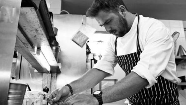 Scontro fra auto e moto, muore il giovane chef Alessandro Narducci de L'Acquolina