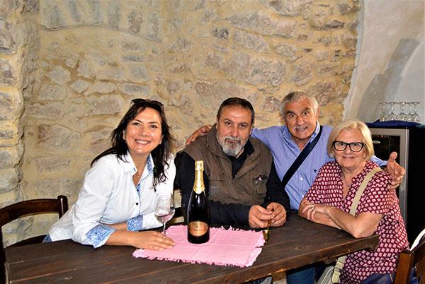 Carmen Guerriero con Mario De Tommasi, Sndro Tacinelli e la moglie