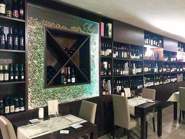 Interno del ristorante Sartù