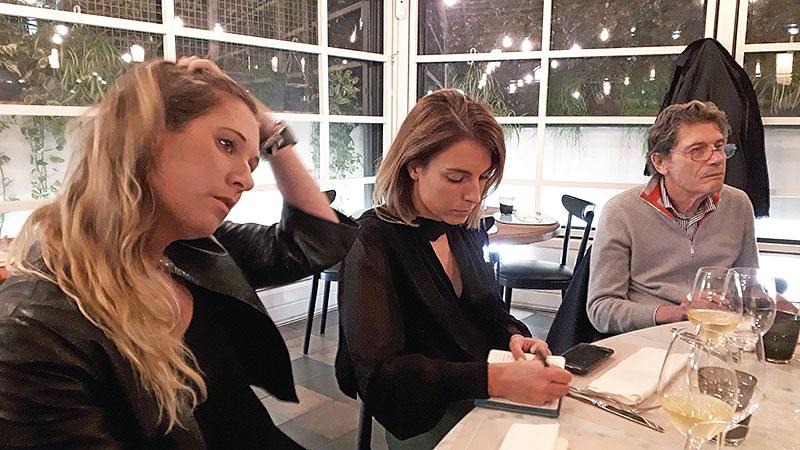 da sinistra: Anna Barbon di AB Comunicazione, Flavia Rendina (ONAV) e Luigi Cremona