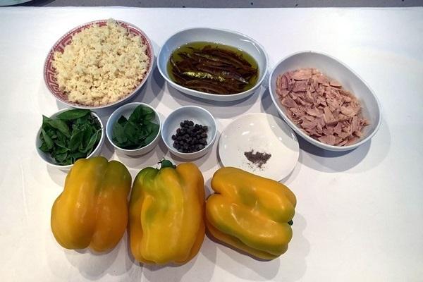 Peperoni ripieni con tonno e mollica